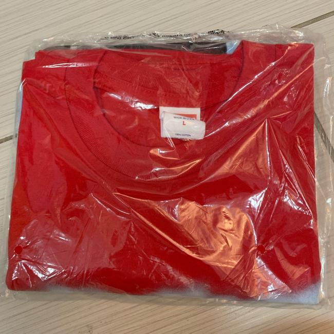 Supreme T Shirt red Image 1