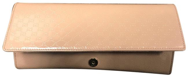 Item - Broadway Light Baby Pink Patent Leather Clutch
