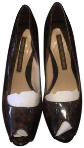 Chinese Laundry black & brown Pumps