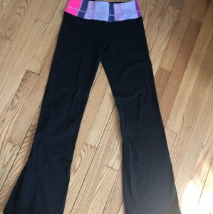 Lululemon Lululemon Boot Cut Wunder Under
