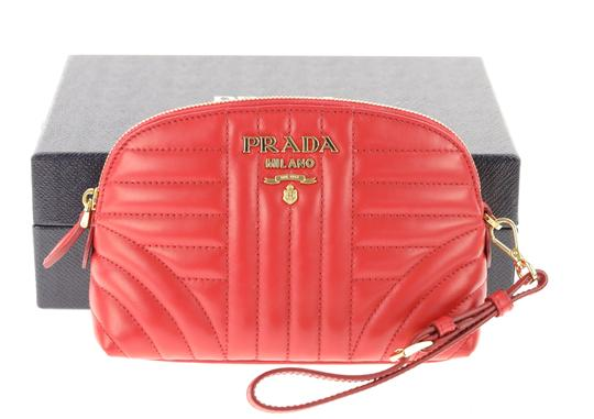 Prada quilted zip around make-up bag Image 11