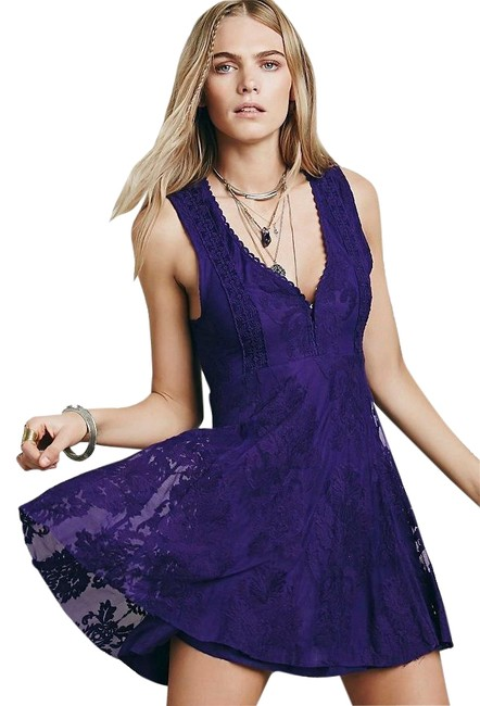 Item - Reign Over Me Sleeveless Short Casual Dress Size 8 (M)