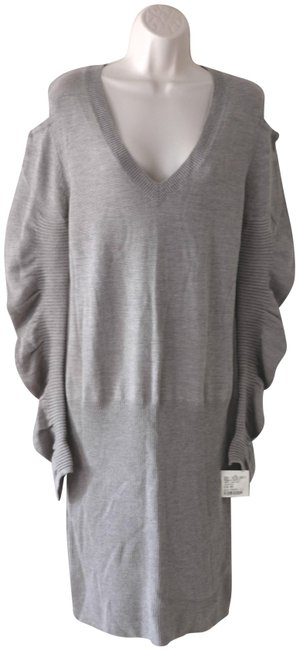 Item - Grey Wool Sweater In Mid-length Short Casual Dress Size 8 (M)
