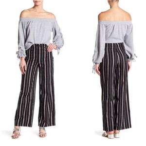 b7af2e285e Romeo & Juliet Couture Pants - Up to 90% off at Tradesy