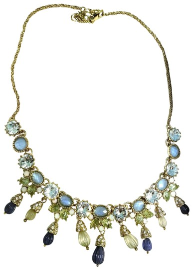 Preload https://img-static.tradesy.com/item/24321235/marchesa-blue-green-gold-carved-beads-crystal-necklace-0-3-540-540.jpg