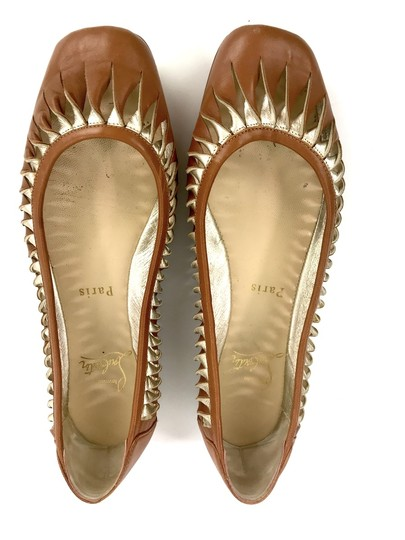 Christian Louboutin Cut Out Leather Tan and Gold Flats Image 3