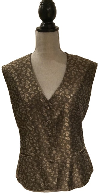 Preload https://img-static.tradesy.com/item/24321314/burberry-brown-and-tan-classic-vest-size-8-m-0-3-650-650.jpg