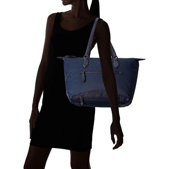Cole Haan Tote in navy blue Image 5