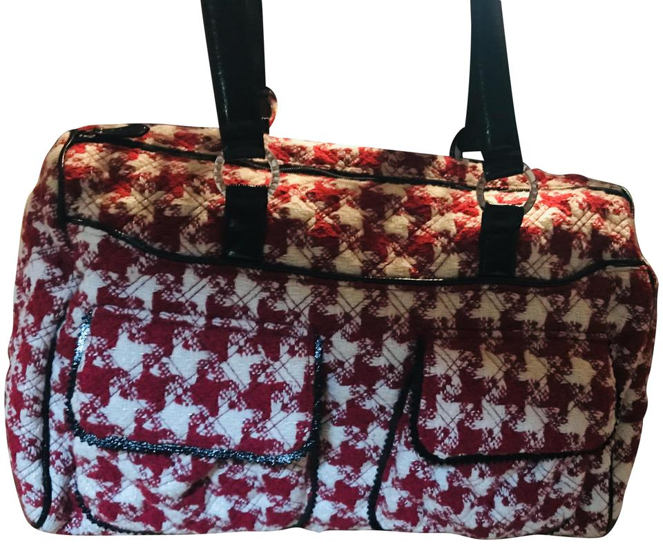 Vera Bradley Limited Edition Red Houndstooth Wool Weekend Travel Bag ... 1bde6447b6022