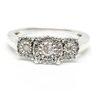 Kay Jewelers 1/2 Carat Total Weight Authentic 3 Stone Diamond Cluster Ring