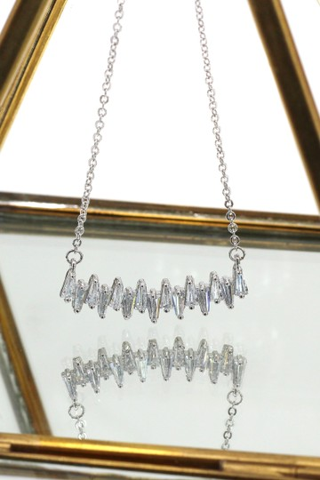 Ocean Fashion Sterling silver Curve crystal necklace Image 1
