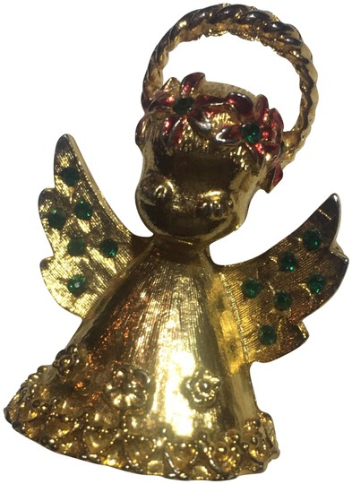 Preload https://img-static.tradesy.com/item/24322150/gold-christmas-angel-cherub-brooch-pin-0-3-540-540.jpg