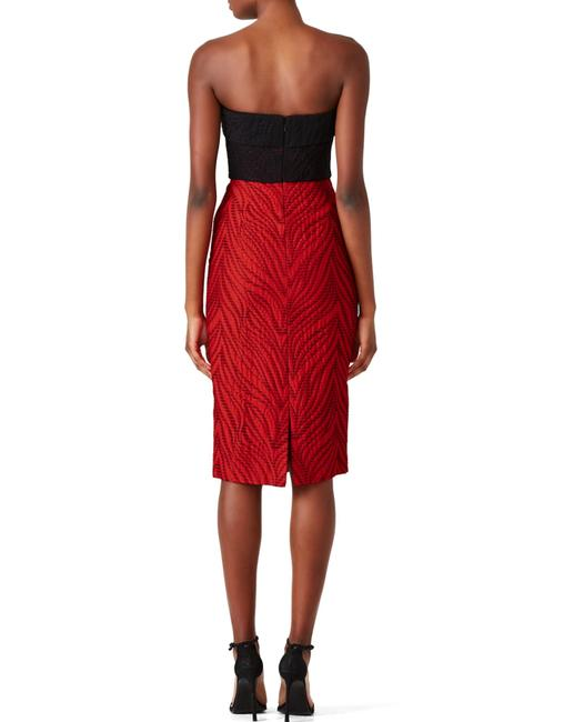Monique Lhuillier Holiday Strapless Fitted Evening Comfortable Dress Image 2