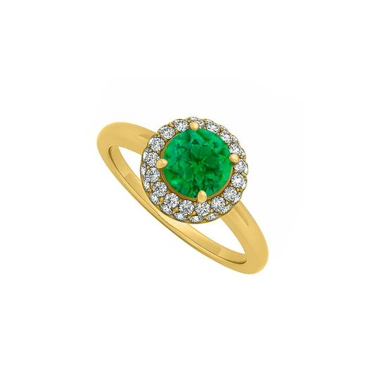 Preload https://img-static.tradesy.com/item/24322353/green-075-ct-created-emerald-and-cubic-zirconia-halo-engagement-14k-ye-ring-0-0-540-540.jpg