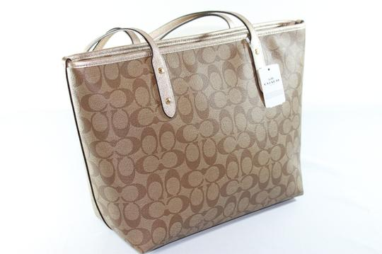 Coach City Signature Tote in Khaki Platinum Image 1