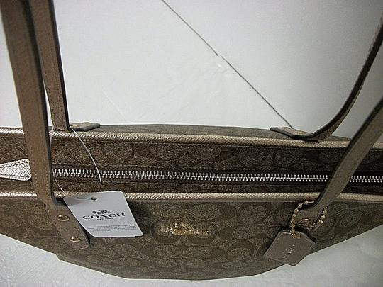 Coach City Signature Tote in Khaki Platinum Image 3