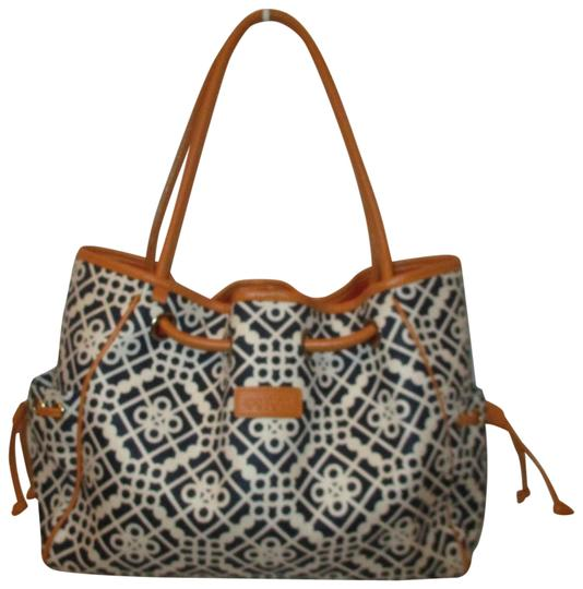 Preload https://img-static.tradesy.com/item/24322746/spartina-449-large-black-white-and-tan-linen-leather-tote-0-3-540-540.jpg