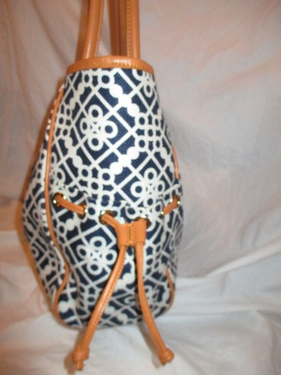 Spartina 449 Large Linen Leather 001 Tote in black, white & tan Image 2