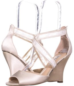 Nina Beige Wedges