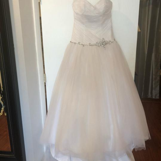 Alfred Angelo White Tulle Ball Gown Feminine Wedding Dress Size 6 (S) Image 1