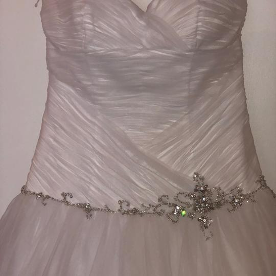 Alfred Angelo White Tulle Ball Gown Feminine Wedding Dress Size 6 (S) Image 6