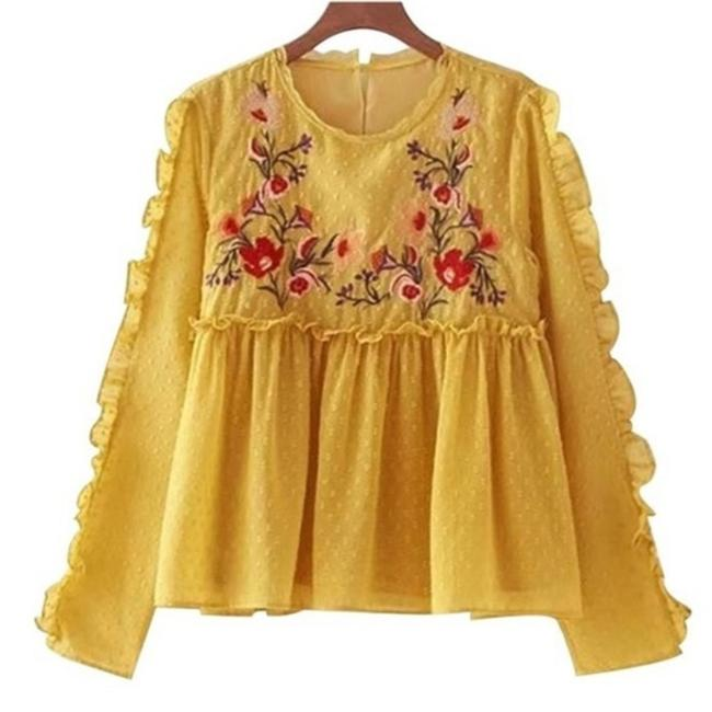 Preload https://img-static.tradesy.com/item/24323138/yellow-blouse-size-4-s-0-0-650-650.jpg