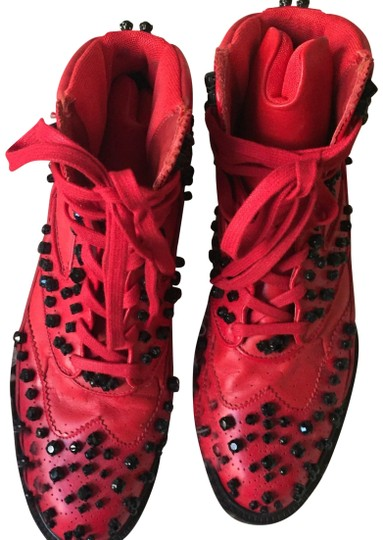 Preload https://img-static.tradesy.com/item/24323225/givenchy-red-studs-sneakers-size-eu-44-approx-us-14-regular-m-b-0-3-540-540.jpg