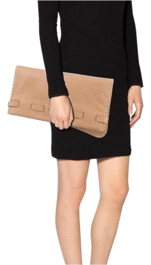 Preload https://img-static.tradesy.com/item/24323259/fold-over-flap-closure-in-front-camel-leather-clutch-0-3-540-540.jpg