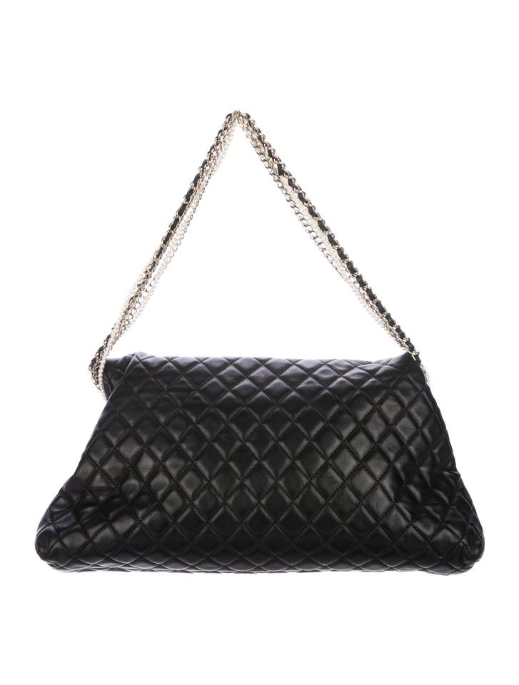 beff1e44acd8 Chanel Classic Pearl Westminster Rare Limited Edition Tote in Black. 1234567