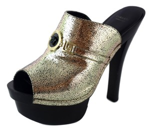 c50f2bc6c4b Versace Mules   Clogs - Up to 90% off at Tradesy