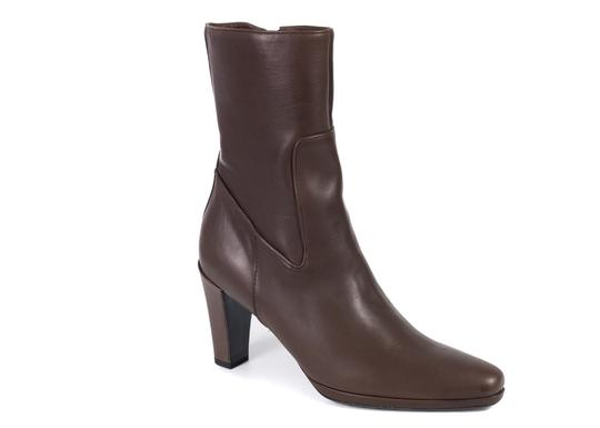 Preload https://img-static.tradesy.com/item/24323795/the-original-car-shoe-brown-by-prada-women-s-leather-pointed-toe-calf-c757-bootsbooties-size-us-10-r-0-0-540-540.jpg