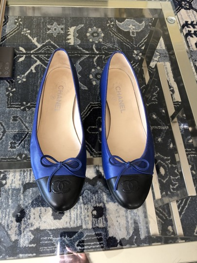 Chanel Couture Fall Ballet Timeless Classic Black & Blue Flats Image 1