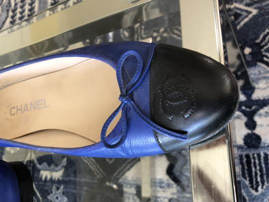 Chanel Couture Fall Ballet Timeless Classic Black & Blue Flats Image 2