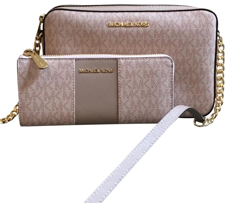 5e1f7b6fa928 Michael Kors Signature Monogram 2pcs Set Nude Cross Body Bag Image 0 ...