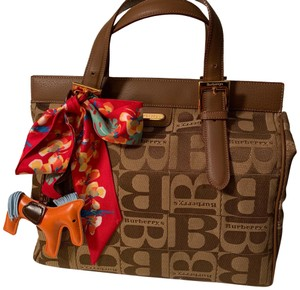 Burberry London Tote in brown
