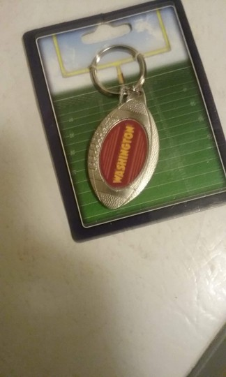 & Other Stories Redskin key chain