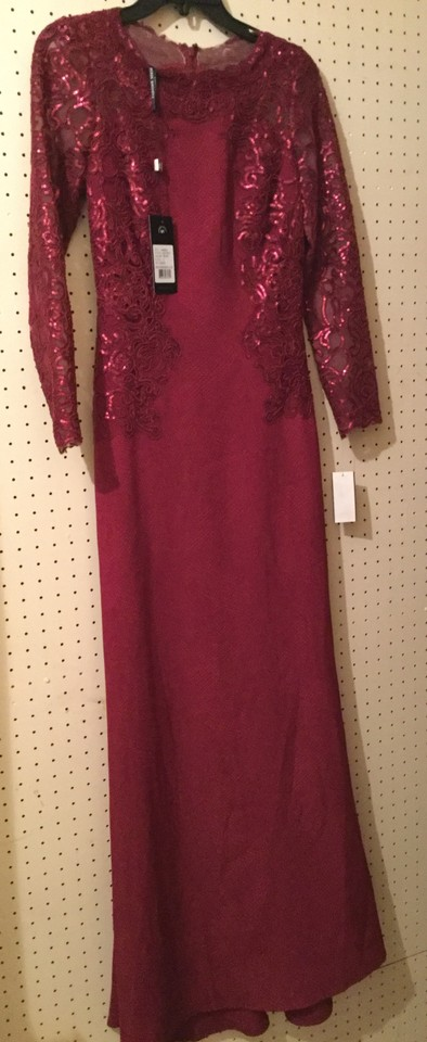 89a35a58e7 Tadashi Shoji Wine Maroon Felicity Lace and Sequin Sleeve Gown Long Formal  Dress Size 2 (XS) - Tradesy