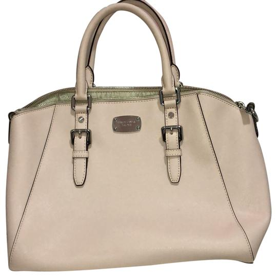 Preload https://img-static.tradesy.com/item/24327335/michael-kors-handbag-blushpink-coated-canvas-tote-0-3-540-540.jpg