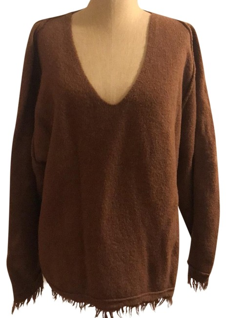 Preload https://img-static.tradesy.com/item/24327518/free-people-boyfriend-frayed-brown-sweater-0-3-650-650.jpg