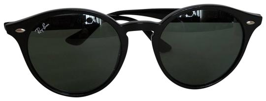 Preload https://img-static.tradesy.com/item/24327577/ray-ban-black-sunglasses-0-3-540-540.jpg