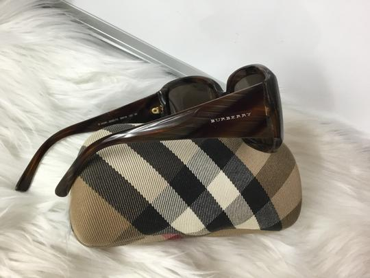 Burberry B 4039 Burberry 3022/73 Sunglasses with Case and towel cleaner