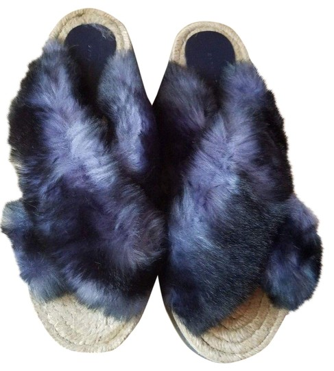 Preload https://img-static.tradesy.com/item/24327878/zara-blue-white-beige-new-trim-fluffy-faux-fur-sandals-size-us-6-regular-m-b-0-5-540-540.jpg