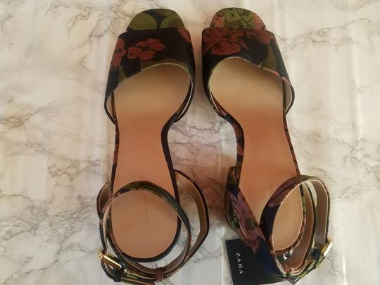 Zara Multicolor Sandals