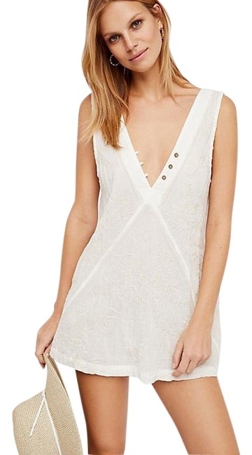 Preload https://img-static.tradesy.com/item/24328627/free-people-white-new-intimately-sweetest-shifty-slip-short-casual-dress-size-2-xs-0-3-650-650.jpg