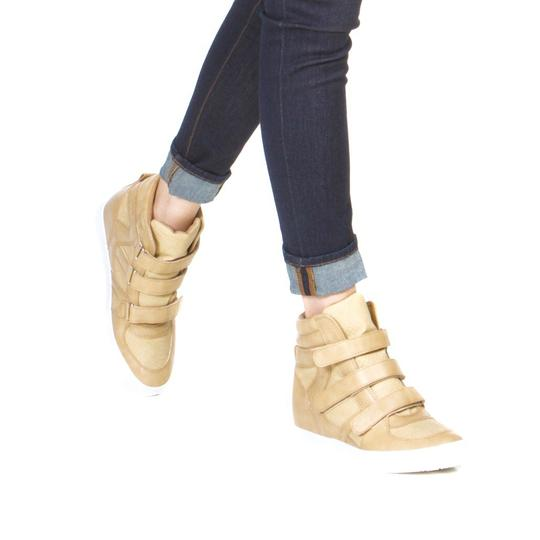 ShoeDazzle Tan Wedges