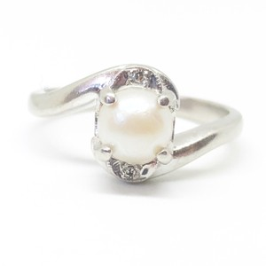 Kay Jewelers 10k White Gold Authentic Pearl & Diamond Ring
