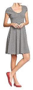Old Navy short dress Gray and White on Tradesy
