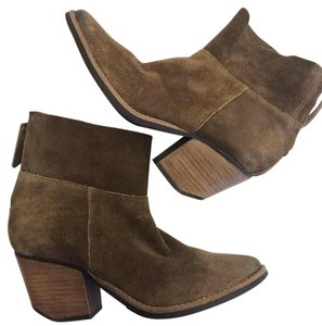 Matisse Suede Wedge Distressed Winter Fall Brown Boots