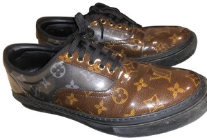 Louis Vuitton brown and black Athletic