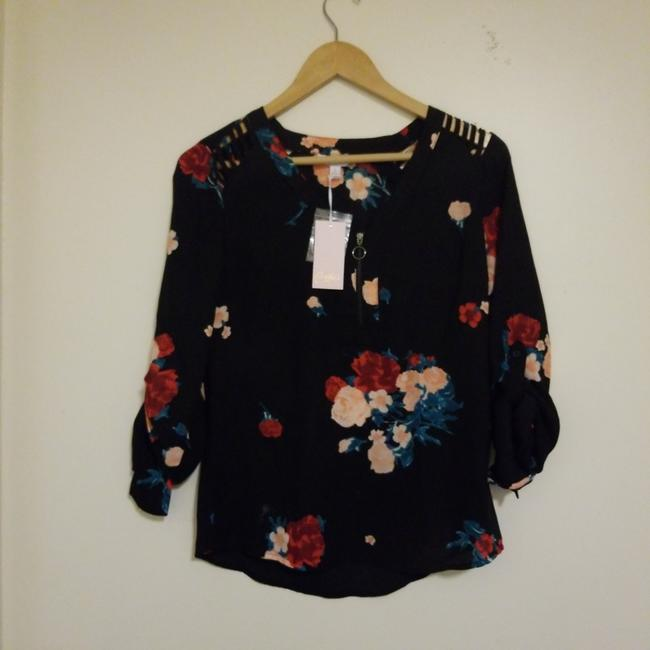 Candie's Top Black with red pink and a nice dark green Image 4
